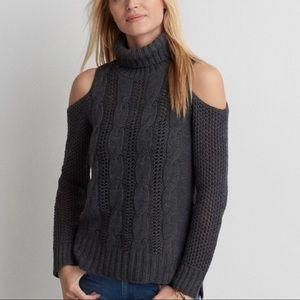American Eagle Cold Shoulder Turtleneck Sweater S